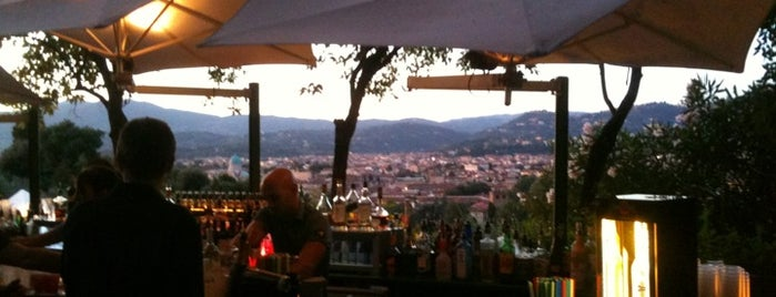 Flò Lounge Bar is one of firenze.