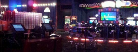 Dave & Buster's is one of Best Bars in the 412 Area code.