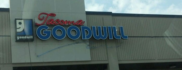 Goodwill is one of Locais curtidos por Joe.