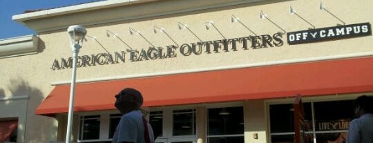 American Eagle Outlet is one of Posti che sono piaciuti a Aljon.