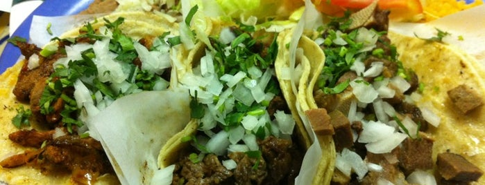 El Taco Veloz is one of West Town.