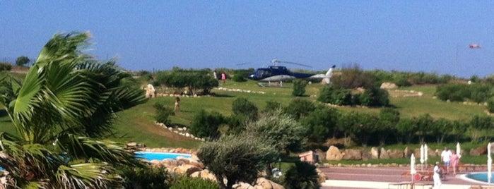 Colonna Resort: Olbia, Sardegna is one of Heena 님이 좋아한 장소.