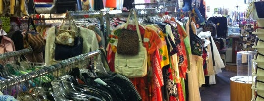Replay Vintage Goods is one of Houston Press 10x Level up - VMG.