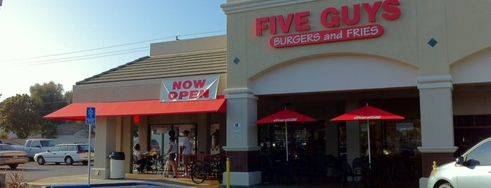 Five Guys is one of Lugares favoritos de Dan.