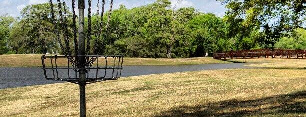 Black Horse golf course is one of Gespeicherte Orte von SAMANTHA.