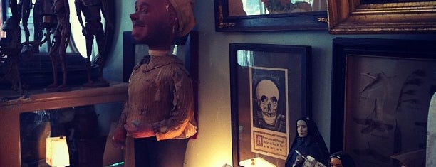 Obscura Antiques and Oddities is one of New York.
