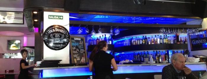 Pablos Restorán Bar is one of Bar.