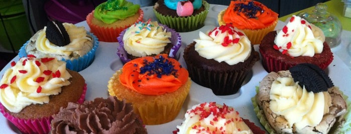 Cupcake Boutique is one of Eliseさんの保存済みスポット.