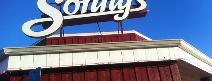 Sonny's BBQ is one of Posti che sono piaciuti a TracyJ.