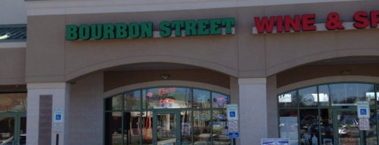Bourbon Street Wine & Spirits is one of Locais curtidos por Michael.