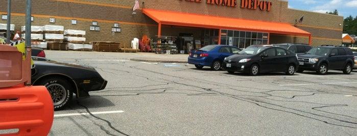 The Home Depot is one of Orte, die Joe gefallen.