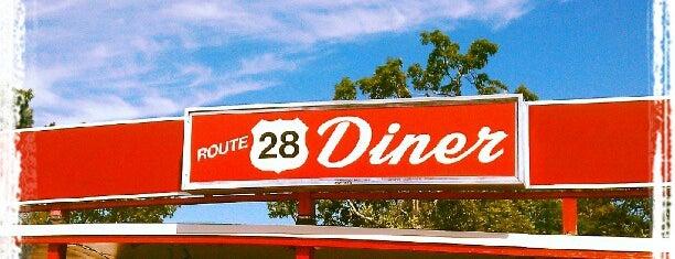 Rte 28 Diner is one of Gespeicherte Orte von Victor.