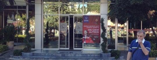 Üsküdar Belediye Başkanlığı is one of Orte, die Gökalp gefallen.