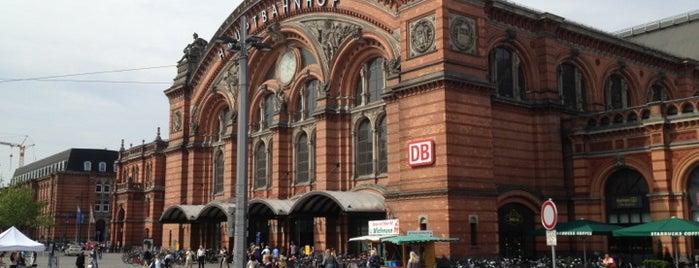 Bremen Hauptbahnhof is one of Sevgiさんの保存済みスポット.