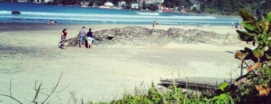 Praia Do Atalaia - Molhes is one of Lugares favoritos de Andrea.