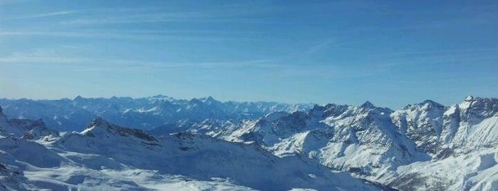 Furggsattel Gletscherbahn (3369 mt.) is one of สถานที่ที่ David ถูกใจ.
