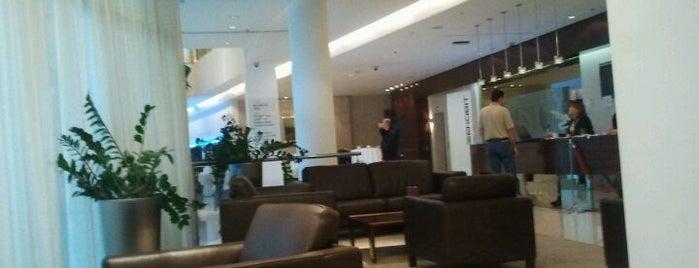 Aristos Hotel Zagreb is one of Posti che sono piaciuti a Toni.