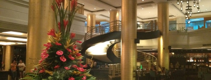 Dusit Thani Manila is one of Locais curtidos por Shank.