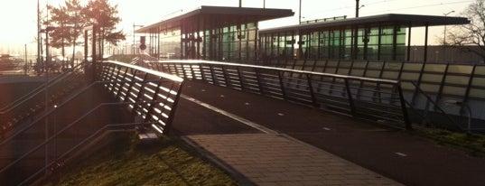 Station Tilburg Reeshof is one of Orte, die Kevin gefallen.
