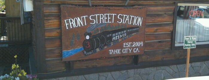 Front Street Station Pizza is one of Tempat yang Disukai Mark.