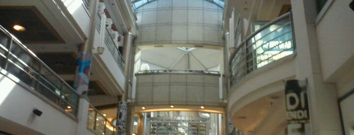 Alcorta Shopping is one of Buenos Aires Tour.