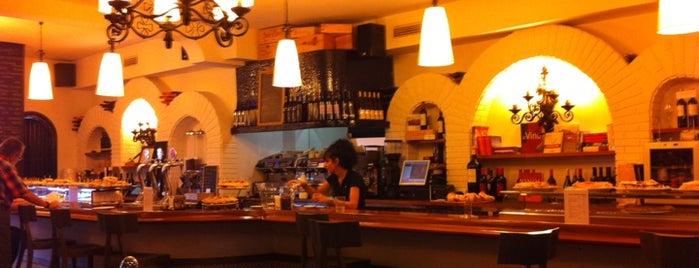 La Tortilla is one of Los mejores pintxos de Bilbao.