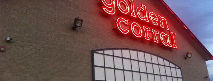 Golden Corral is one of Lugares favoritos de Jose.