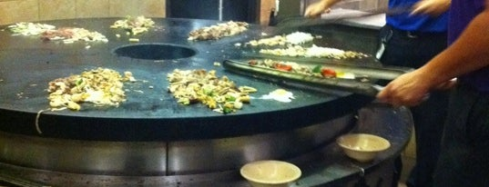 bd's Mongolian Grill is one of Favorite Food.