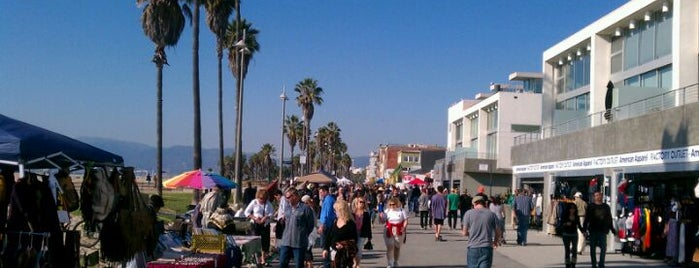 Venice Beach is one of LA Trip To-Do List.