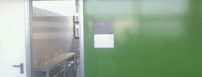 Aula 103 is one of TCM.