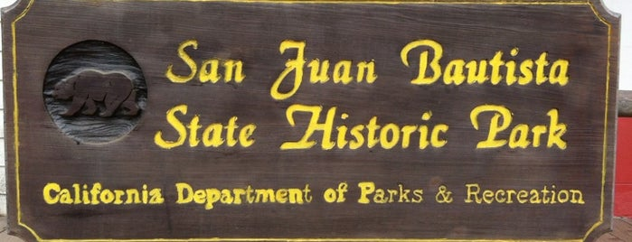 San Juan Bautista State Historic Park is one of NYC➡️CALI➡️MEXICO.