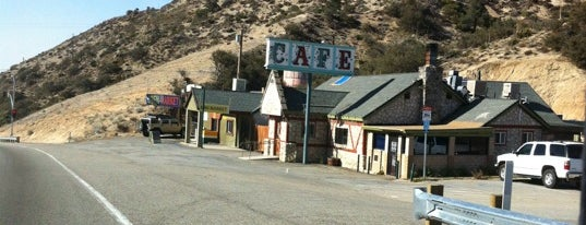 Mountain Top Cafe is one of Orte, die Philip gefallen.