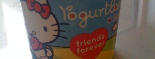 Yogurtland is one of Tempat yang Disimpan K..