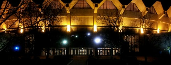WVU Coliseum is one of Lugares guardados de Jason.