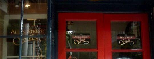 Allen Street Grill is one of Lugares favoritos de Eric.