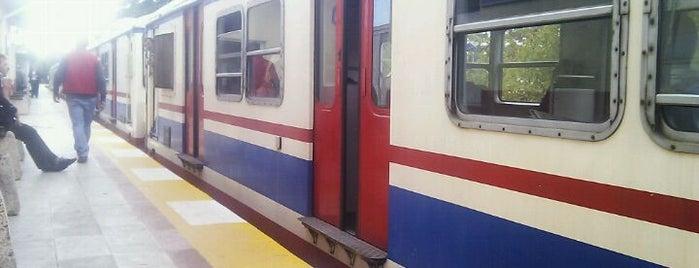 Yeşilyurt Tren İstasyonu is one of Enes'in Beğendiği Mekanlar.
