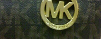 Michael Kors is one of Orte, die Cristina gefallen.