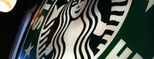 Starbucks is one of Lugares favoritos de Steev.