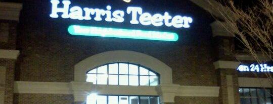 Harris Teeter is one of Orte, die Derrick gefallen.