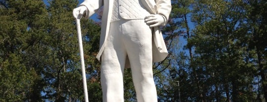 Sam Houston Statue is one of Famous Statues Around the World.