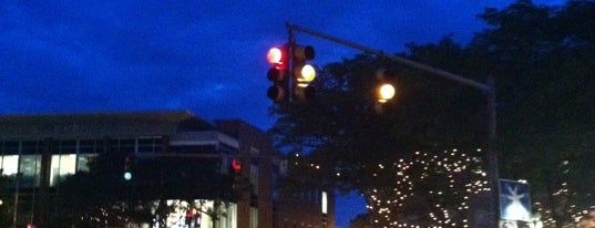 Davis Square is one of Beantown.