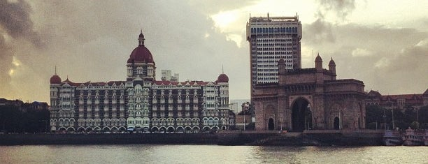 Taj Mahal Palace & Tower is one of Lugares favoritos de Eva.