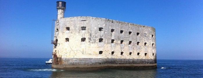 Fort Boyard is one of Bienvenue en France !.