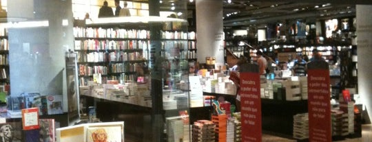 Livraria da Travessa is one of Continua lindo..