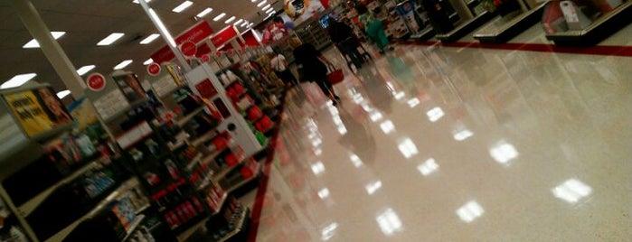 Target is one of Locais curtidos por Claudia.