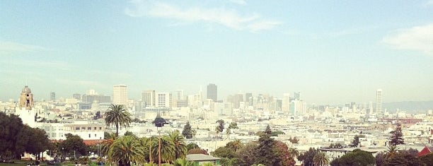 Mission Dolores Park is one of mylifeisgorgeous in San Francisco.