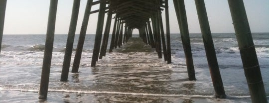 Bogue Inlet Pier is one of Tempat yang Disukai IS.