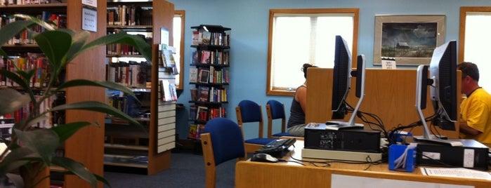 Ocean County Library is one of Tempat yang Disukai Cindy.