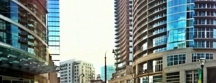 12th & Midtown is one of Tempat yang Disukai Shelbi.