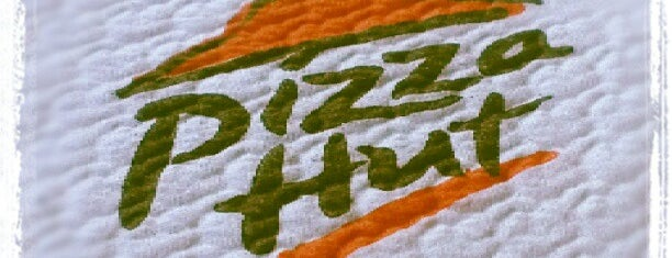Pizza Hut is one of Posti che sono piaciuti a Martin.